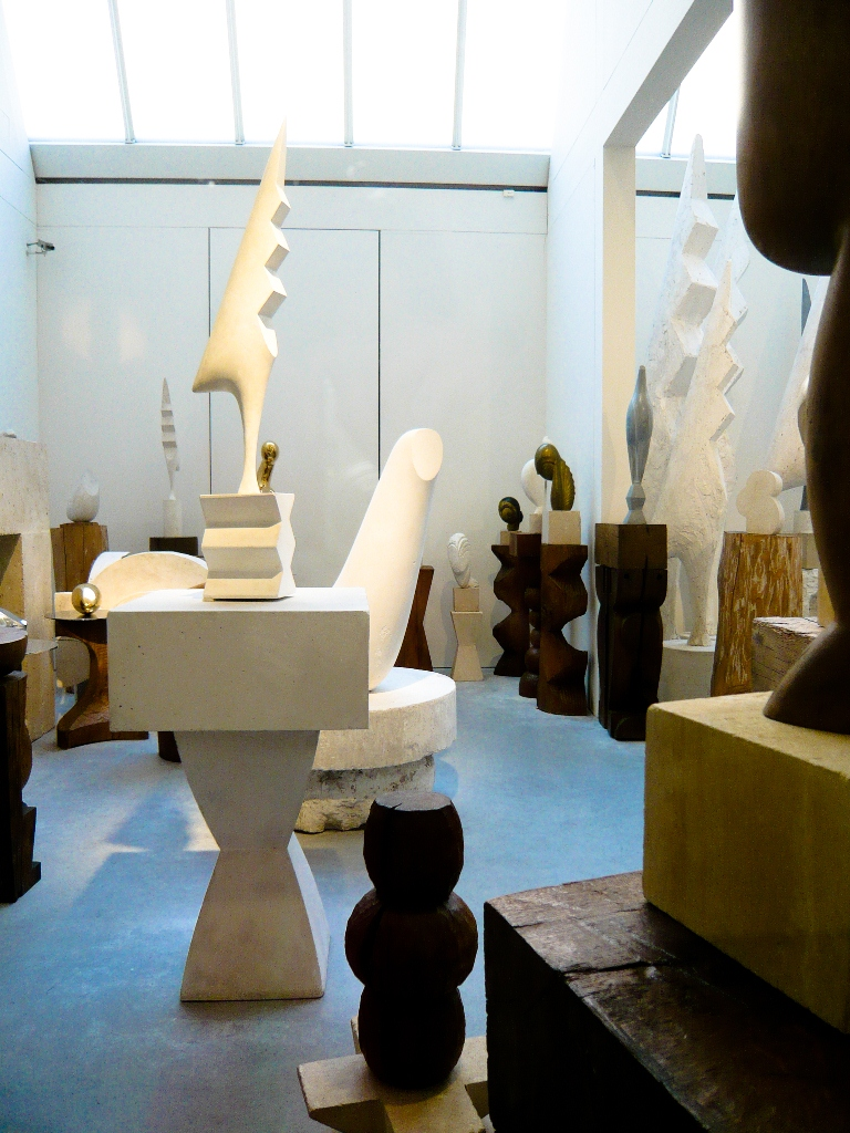 top 5 museus gratuitos de paris 4 atelier brancusi paris lado b. Black Bedroom Furniture Sets. Home Design Ideas